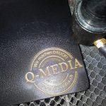 Q-media Stempel mit Laser auf Karton eingraviert
